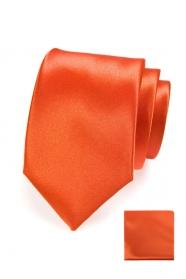Narancssárga nyakkendő díszzsebkendővel