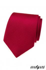 Piros nyakkendő steppelt mintával
