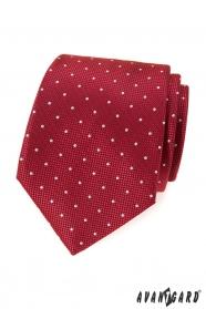 Piros mintás nyakkendő fehér ponttal