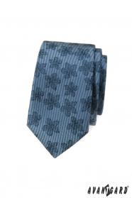 Kék karcsú nyakkendő, sötét virágmintával