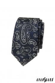 Sötétkék keskeny nyakkendő paisley motívummal