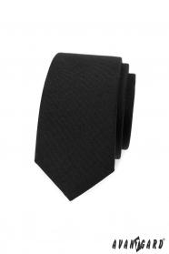 Fekete keskeny nyakkendő