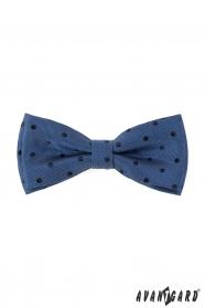Mintás csokornyakkendő kék pöttyös zsebkendővel