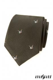 Zöld nyakkendő egy repülő kacsa motívumával