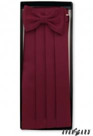 Bordó frakkos övkendő csokornyakkendővel és díszkendővel
