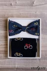 Férfi csokornyakkendő zoknival, kerékpármintával