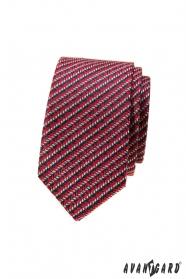 Piros keskeny nyakkendő kék-fehér mintával