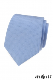 Kék nyakkendő pöttyökkel